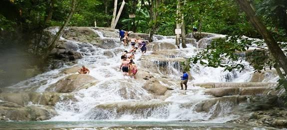 Dunn's River Falls in Ochos Rios