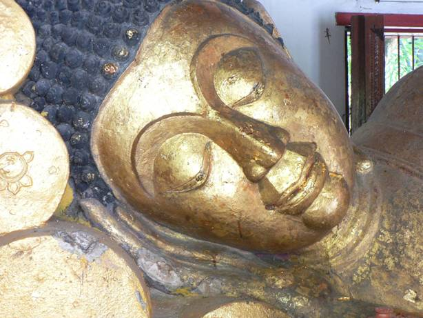 Sleeping buddha in Chiang Mai