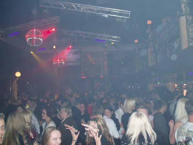 Welcome New Year 2013 in one of Dublin's top nightspots